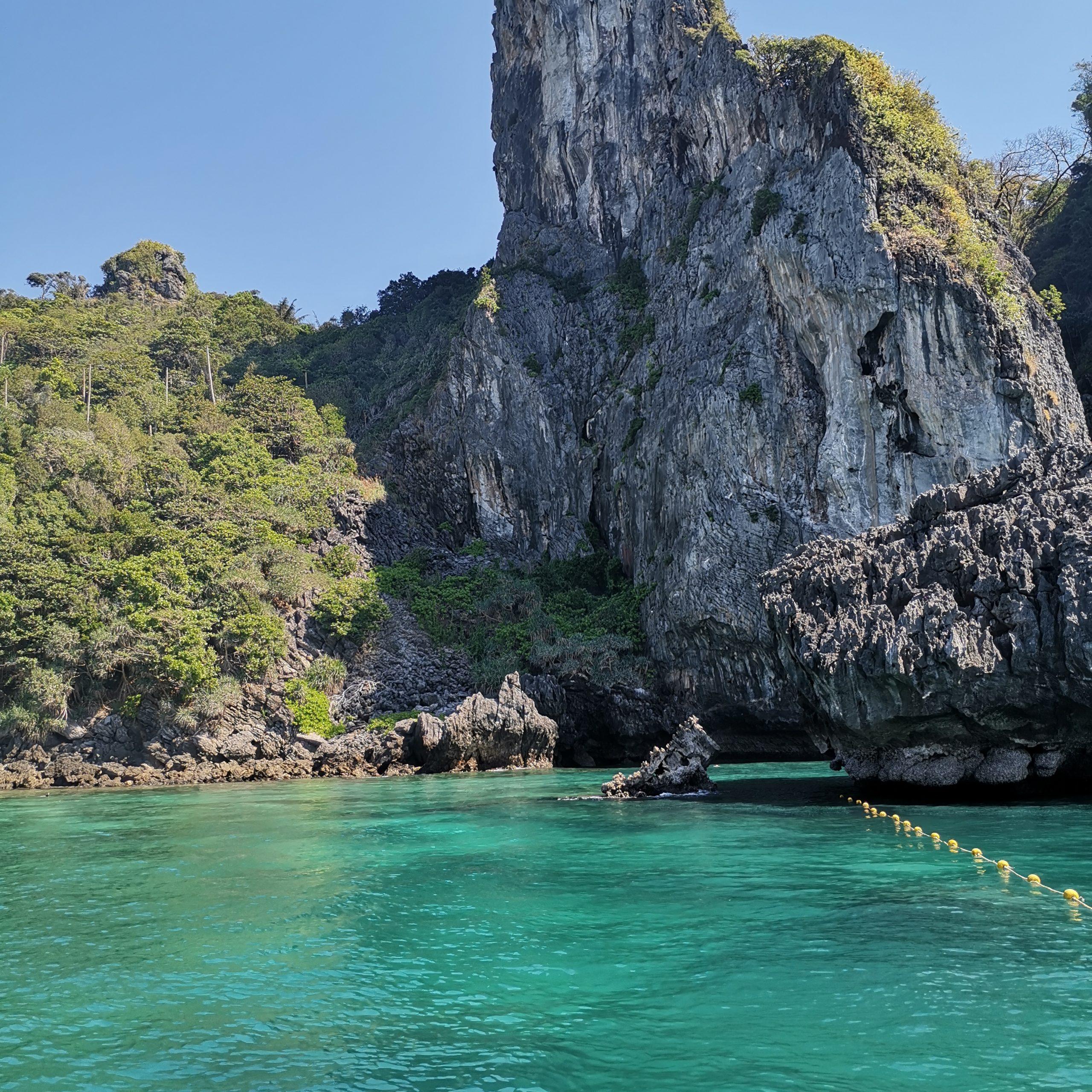 cosa vedere a Phi Phi Island Pileh bay