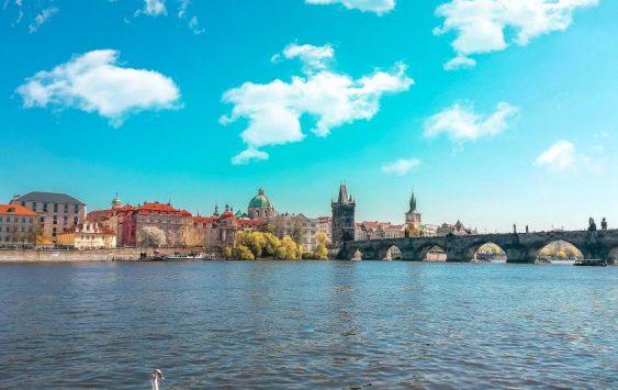 Praga: 7 luoghi imperdibili tra storia e leggende